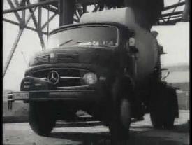 Mercedes Benz LKWs und Busse 1960er Jahre S/W