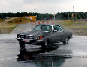 W 107 Coupe Typ 450 SLC